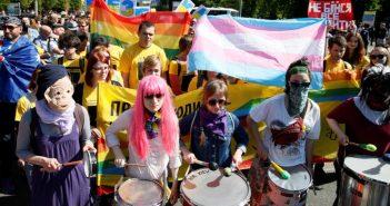 При проведении Марша равенства в Одессе не обошлось без потасовок (Видео)